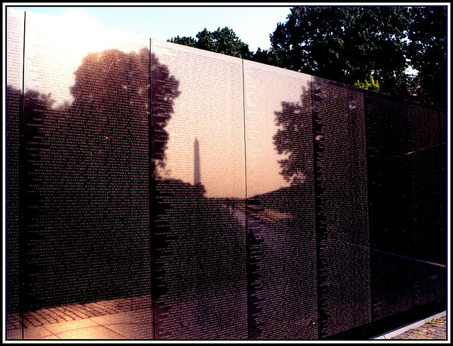 The Vietnam Memorial. Photo by ManHole.ca used under Creative Commons licensing.