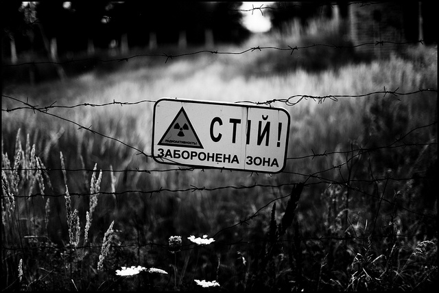 A sign warning of radiation from the explosion at Chernobyl. Photo by Zoriah, used under Creative Commons licensing.