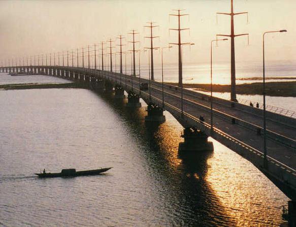 View of Bangabandhu Bridge across the Jamuna River, Bangladesh Credit: Wikimedia Commons