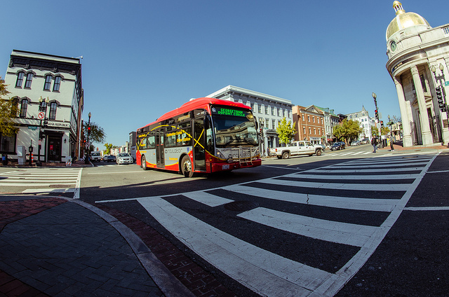 The Dupont-Rosslyn Circulator, one of my favorite public transit options in D.C. Photo by m01229, used under Creative Commons licensing.