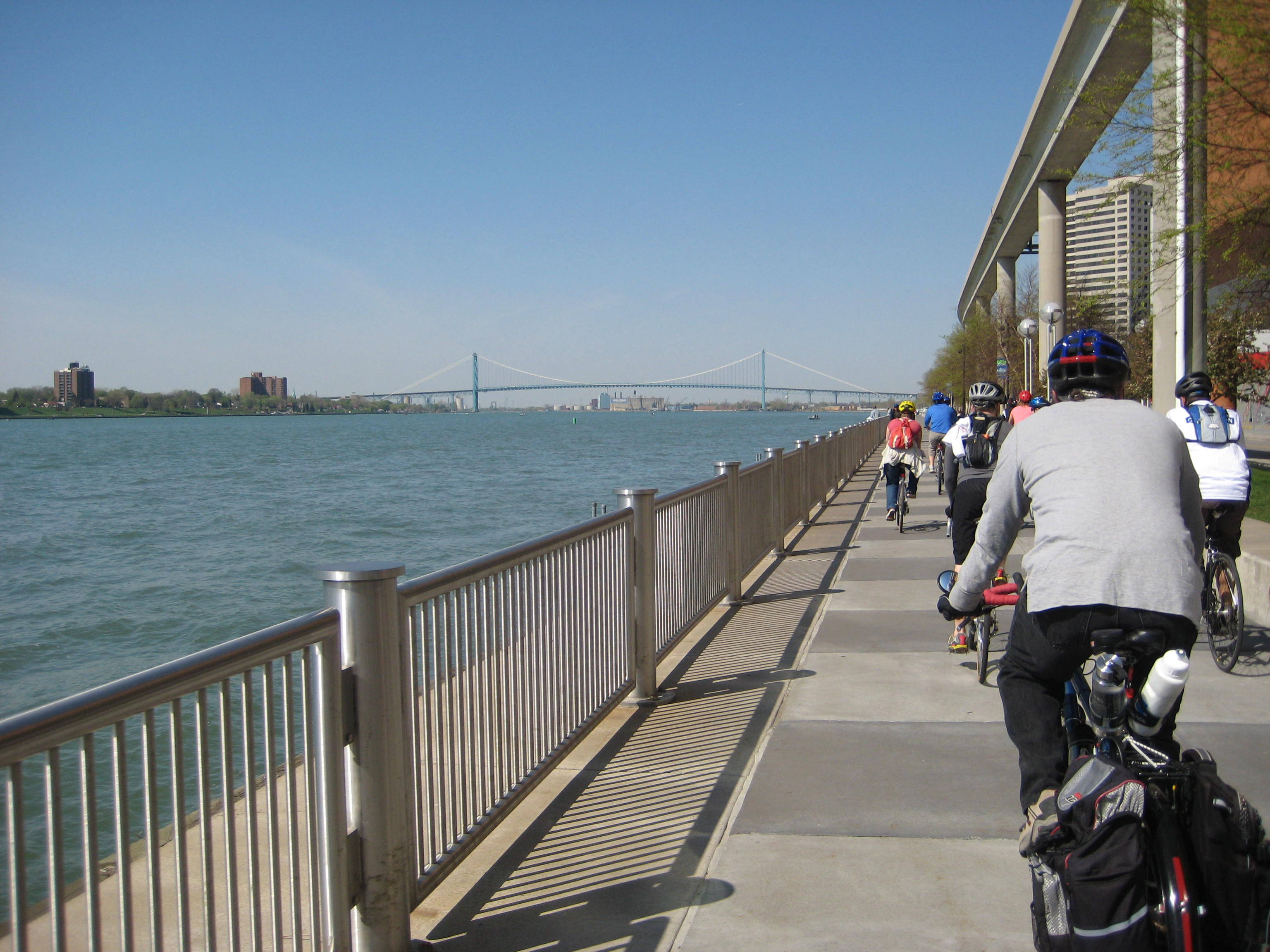 BikeTourRiveWalk